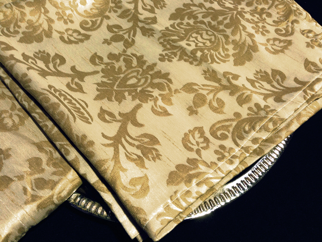 TAB0127 TABLECLOTH, Beige Champagne Damask Runner 65cm x 1.4m $6.25
