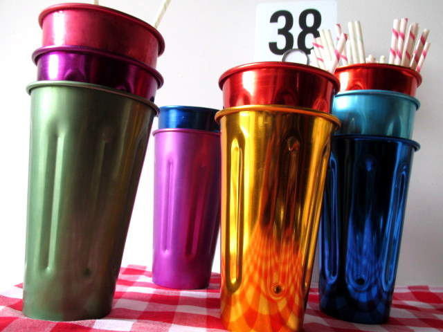 MIL0003 MILKSHAKE CONTAINER, Coloured Metal $2.50