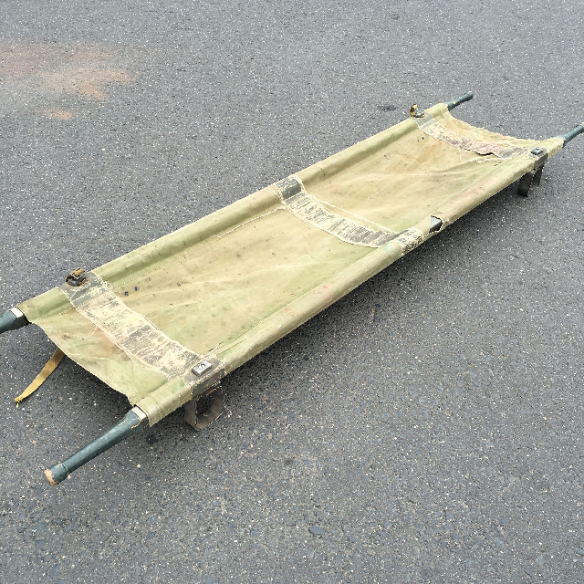 STR0002 STRETCHER, Army - Canvas w Green Handles $23.75