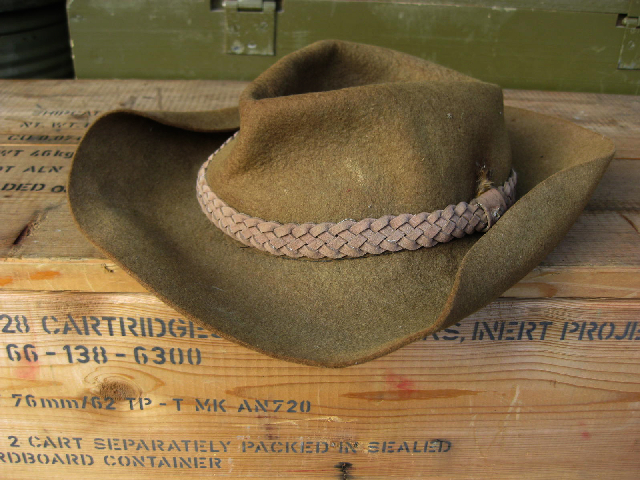 HAT0002 HAT, Army Akubra w Plaited Leather Band $18.75