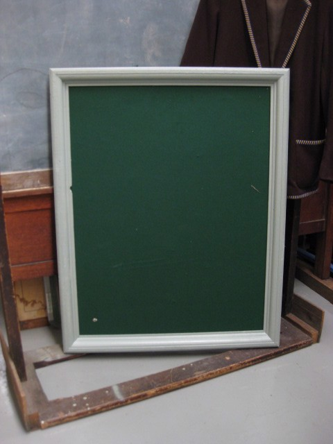 NOT0002 NOTICEBOARD, Green Felt 80cm x 100cm $22.50