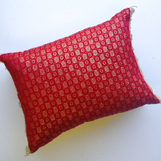 CUS0186 CUSHION, Red Gold Brocade $20