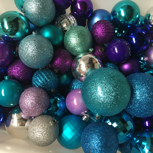 BAU0004 BAUBLE, Blue Purple (Box Lot) $25