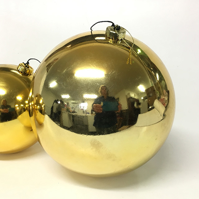 BAU0009 BAUBLE, Gold 20cm Diameter $3.75