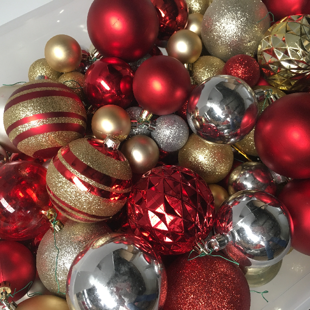 BAU0014 BAUBLE, Red Gold (Box Lot) $25