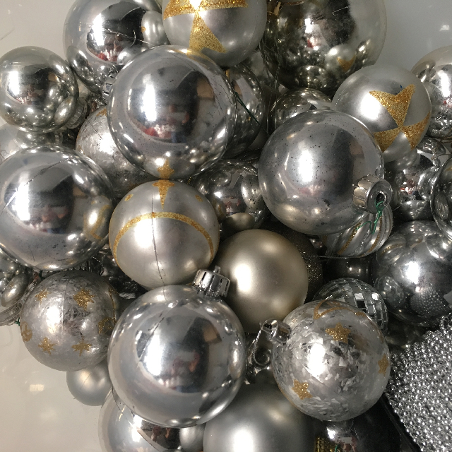 BAU0019 BAUBLE, Silver (Box Lot) $25