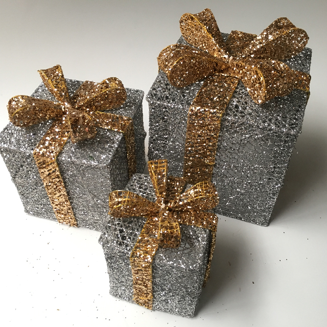 BOX0107 BOX, Set of 3 Gift Box - Silver w Gold Bow $18.75
