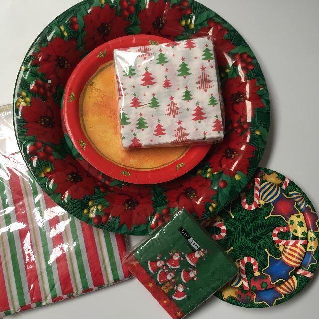 CHR0053 CHRISTMAS TABLEWARE, Assorted $2.50