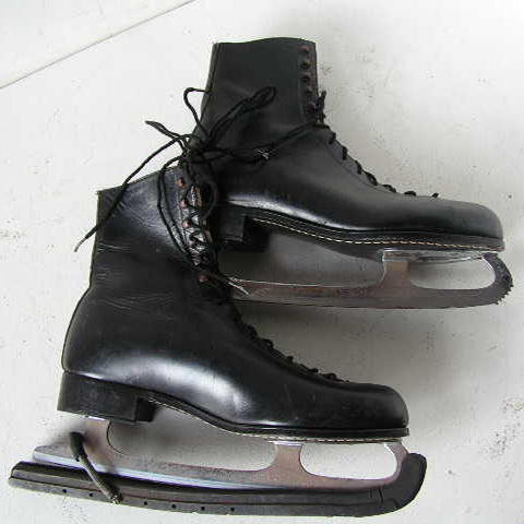 SKA0001 SKATES, Ice - Pair Black Leather $22.50