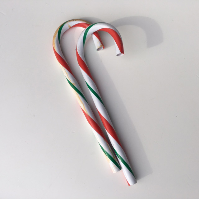 LOL0009 LOLLY, Candy Cane Red White Green (Hook End) $3.75