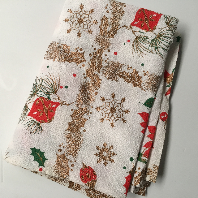 TAB0400 TABLECLOTH, Christmas Design - 1950's Crepe $7.50