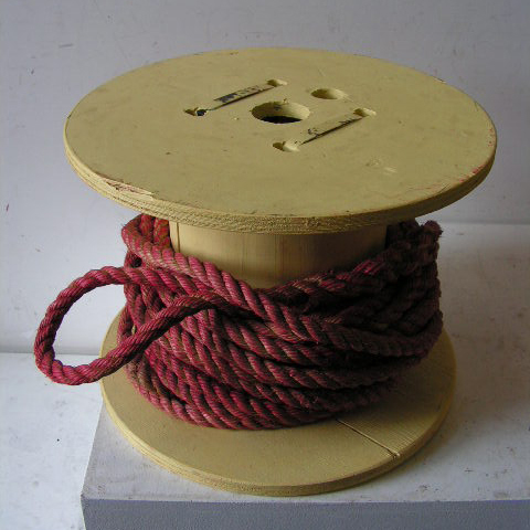SPO0002 SPOOL / COTTON REEL (Oversize) Cream w Red Rope 45x35cm high $30