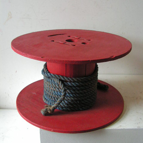 SPO0003 SPOOL / COTTON REEL (Oversize) Red w Blue Rope 60x33cm high $30