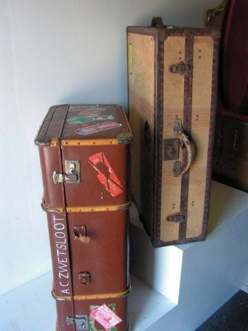 SUITCASES Travel Wardrobe (SUI0013) $37.50 & Large (SUI0012) $22.50