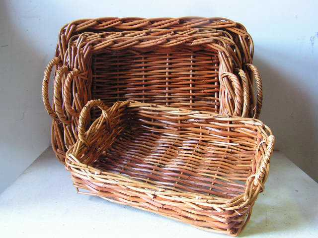 BASKET, Shallow (Large Medium Small) $5 - $10