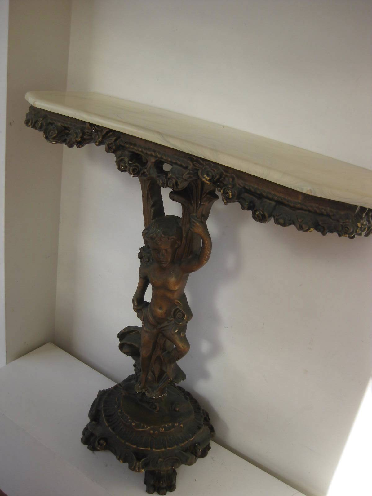 TAB0008 TABLE, Hall Table - Cherub w Pedestal Base $37.50