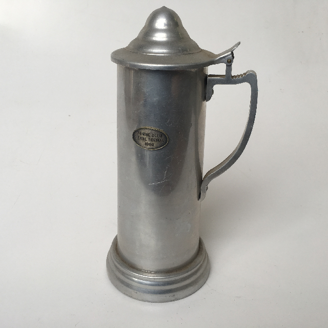BEE0007 BEER STEIN, Large Metal w Lid $5