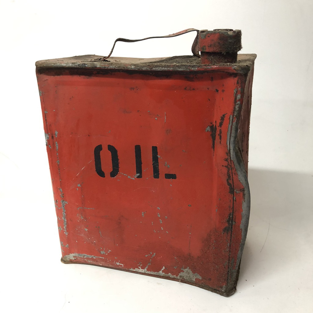 CAN0329 CAN, Oil Can - Rust Painted Orange Can $13.75