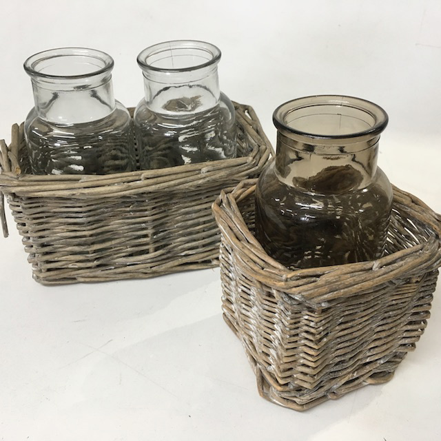 BOT0040 BOTTLE CADDY, Small Wicker Double $6.25 & Single $3.75