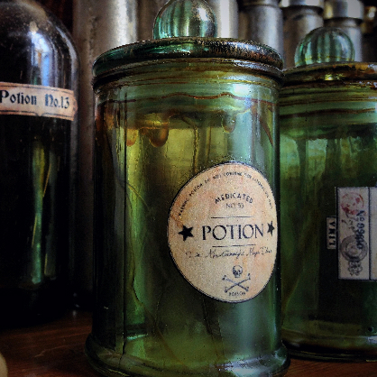BOT0053 BOTTLE, Potion Bottle - Green Apothecary Jar $3.75