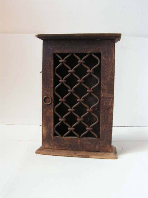 KEY0100 KEY CUPBOARD, Small Wooden w Iron Front $15