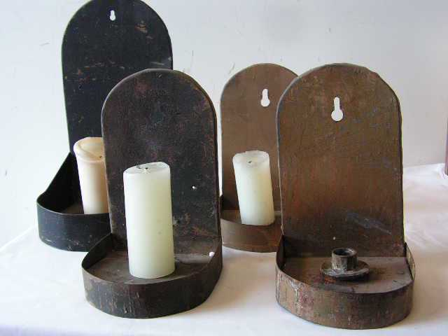 CAN0053 CANDLE HOLDER, Blackened/Brass Wall Sconce $10