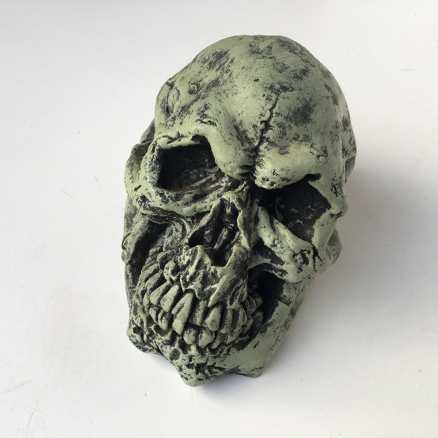 SKU0020 SKULL, Green Ghoulish $10