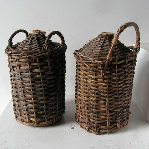STO0002 STONEWARE, Demijohn w Wicker Carrier $22.50