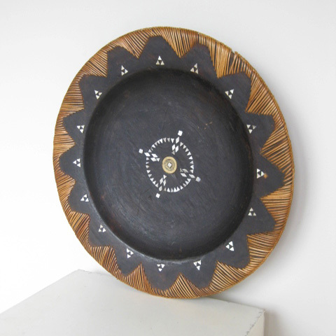 PLA0080 PLATTER, Indigenous with Shell Inlay $12.50