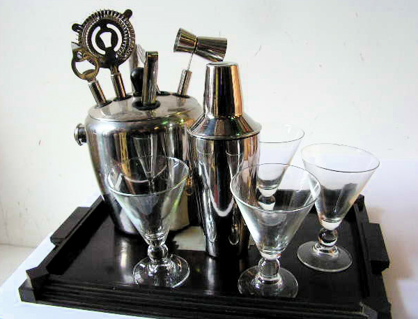 Assorted Cocktail Bar Props