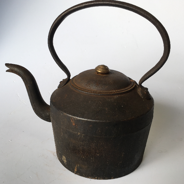 KET0001 KETTLE, Cast Iron - Large $22.50