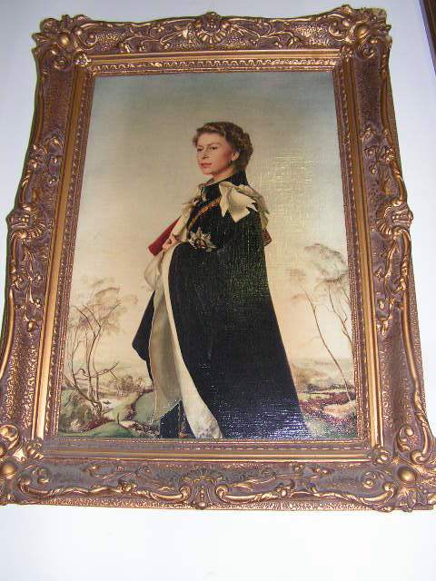 Painting - Queen Elizabeth 11 portrait in gold frame