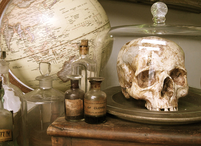 Science - apothecary and specimens (1)