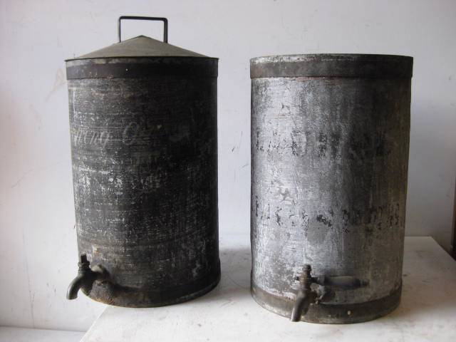 CAN0328 CAN, Oil Can - Large Galvanised w Tap $18.75