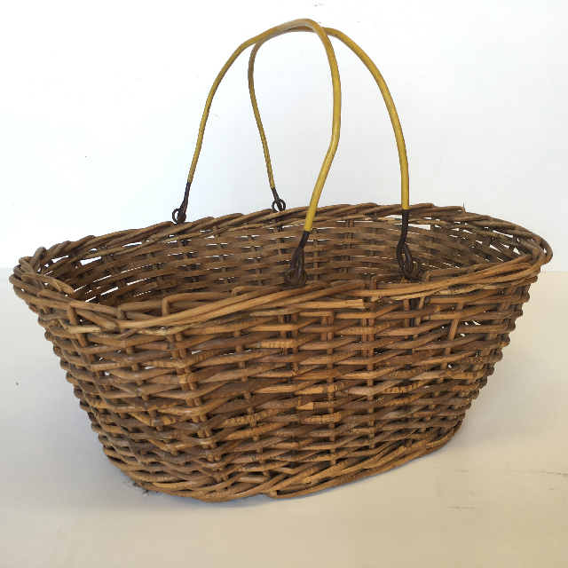 BAS0004 BASKET, Shopping - Wicker w Yellow Handle $11.25