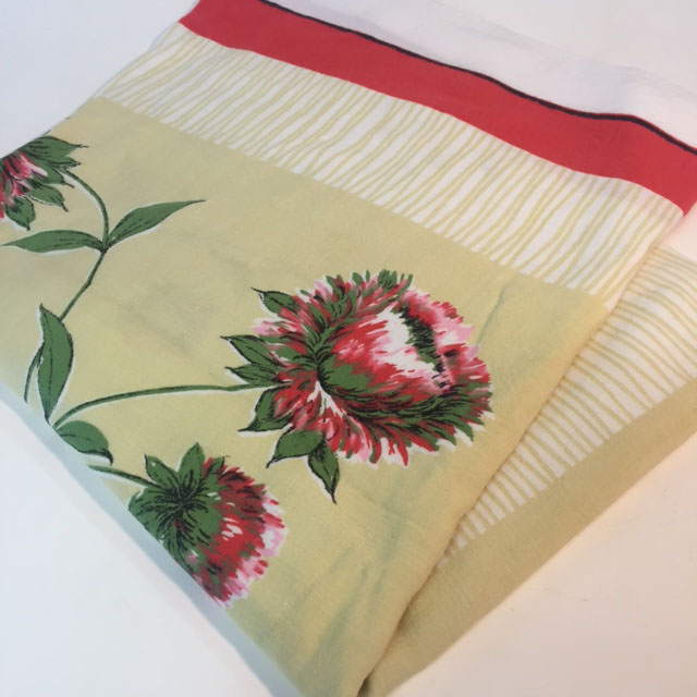 TAB0132 TABLECLOTH, 1950's Banksia - Red and Cream Floral 1.3 x 1.4m $7.50