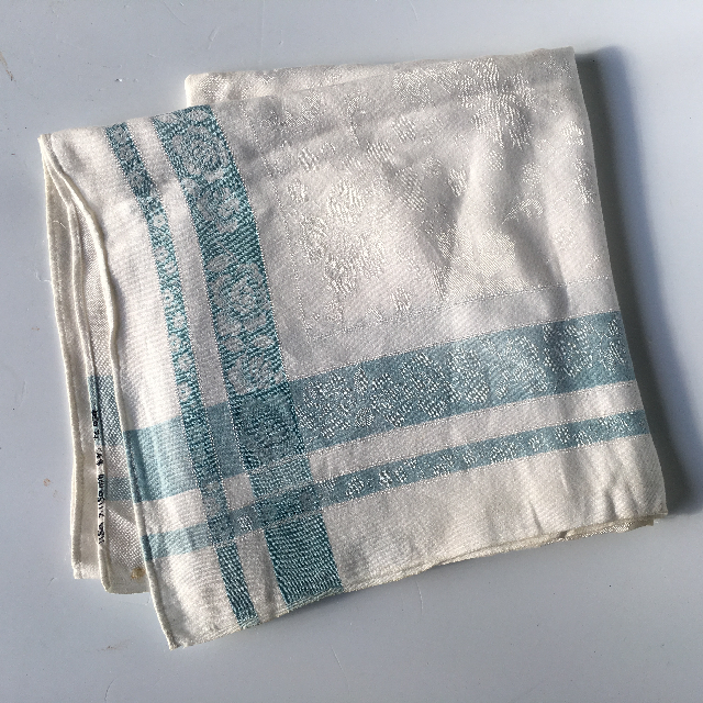 TAB0131 TABLECLOTH, Cream & Pale Blue $7.50