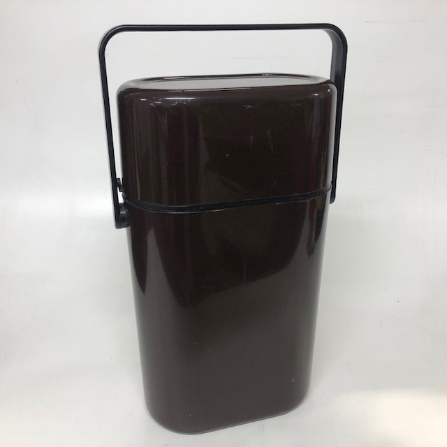 THE0001 THERMOS, Retro Case Brown Large $8.75