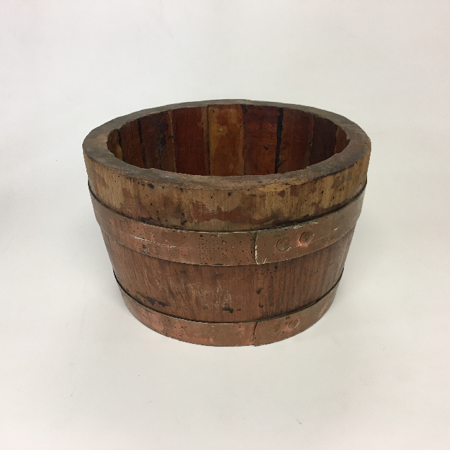 BUC0039 BUCKET, Small Wooden 22cm D $12.50