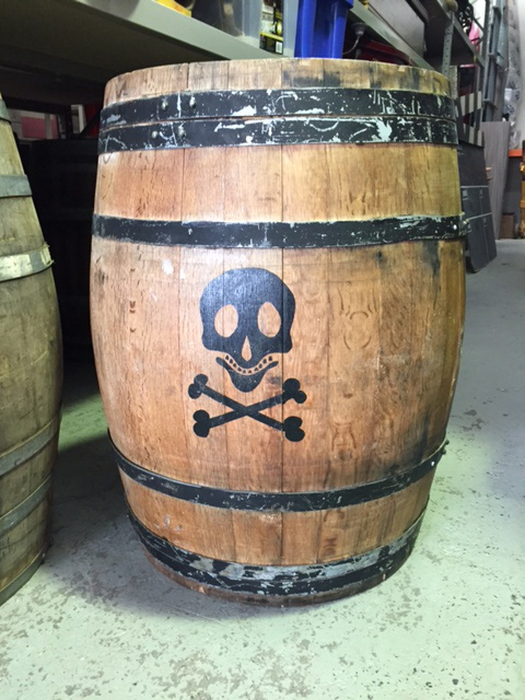 BAR0009 BARREL, Large w Skull & Crossbones - 90cm high $37.50