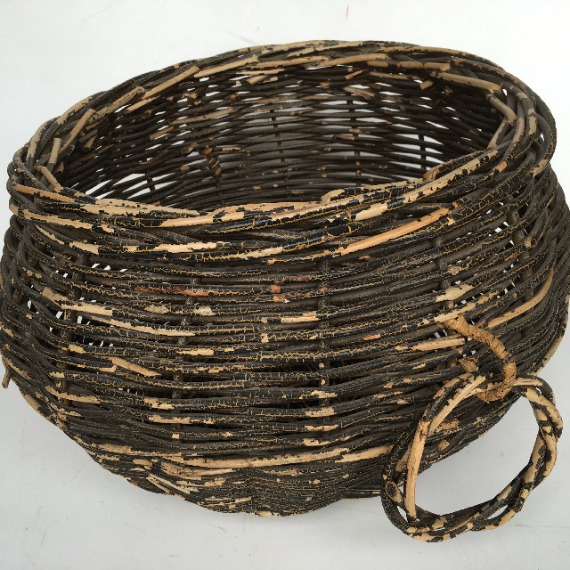 BAS0032 BASKET, Large Round Brown w Handles $22.50