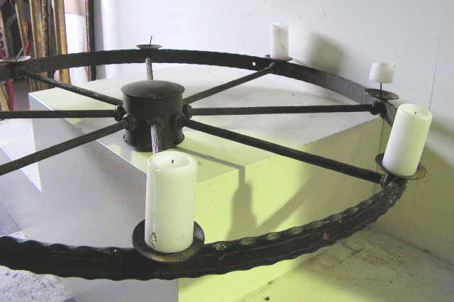 CAN0002 CANDELABRA, Hanging Wrought Iron Wagon Wheel 1m Dia $37.50