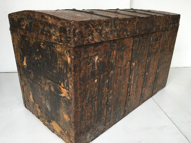 CHE0101 CHEST, Large Aged Rust and Rivet Detail 88x45x55cm H $87.50