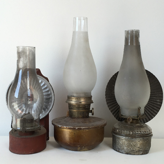 LAN0150 LANTERN, Oil Lamp - Glass Assorted $15