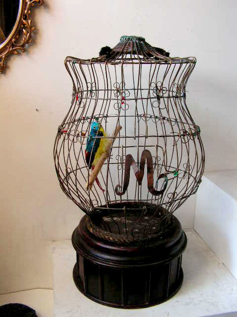 BIR0116 BIRDCAGE, Ornate - Large (with Optional Cover) $37.50