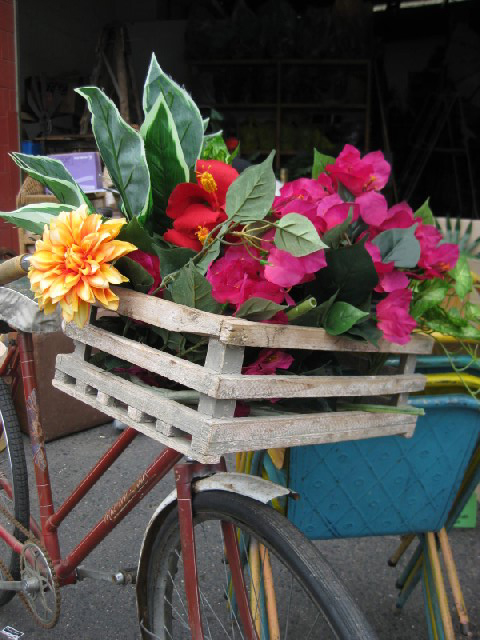 Bicycle - vintage style with flowers