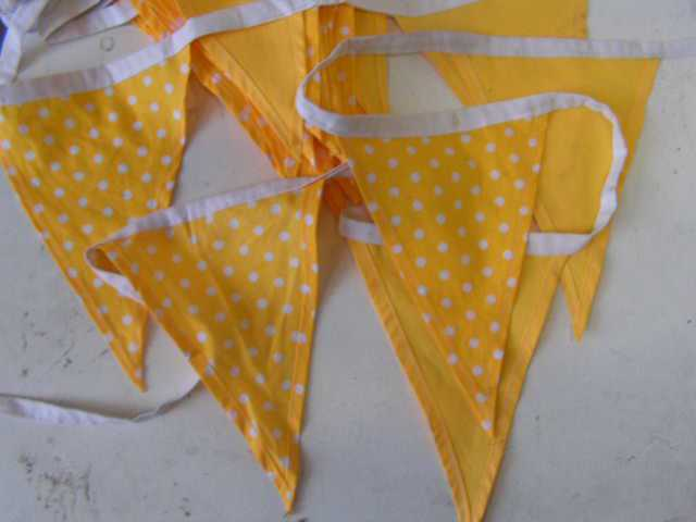 Bunting - cotton, yellow polka dot (assorted lengths)