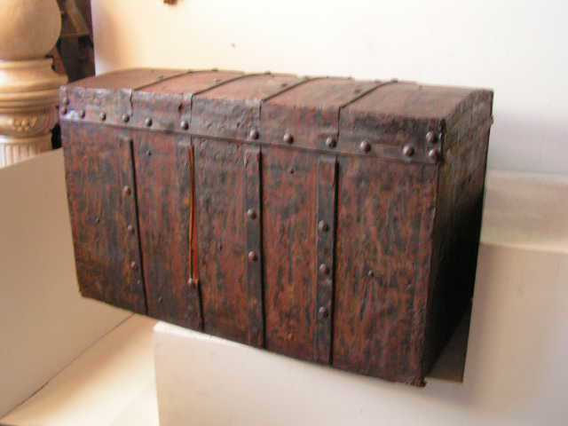 Chest - metal trunk, extra large rust coloured with rivet detail