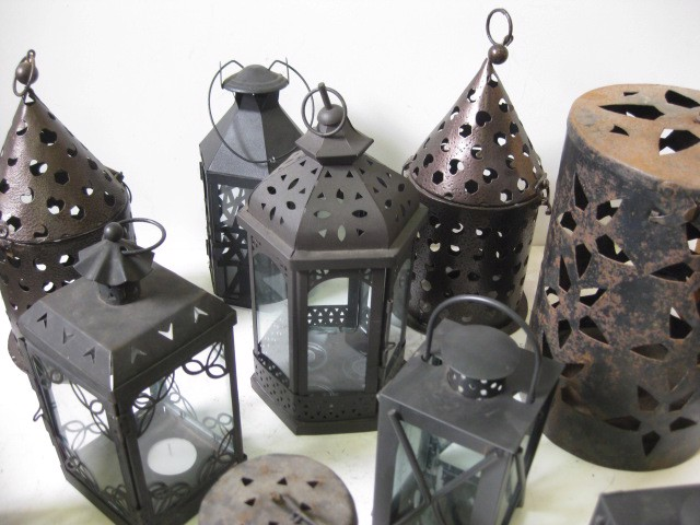 Lanterns, small asorted