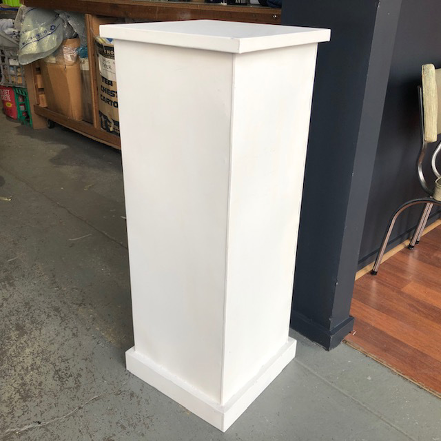 PLI0008 PLINTH, White Metal 100cm High $37.50